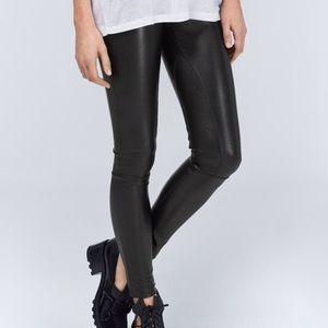 Wilfred |  Vegan Leather Leggings